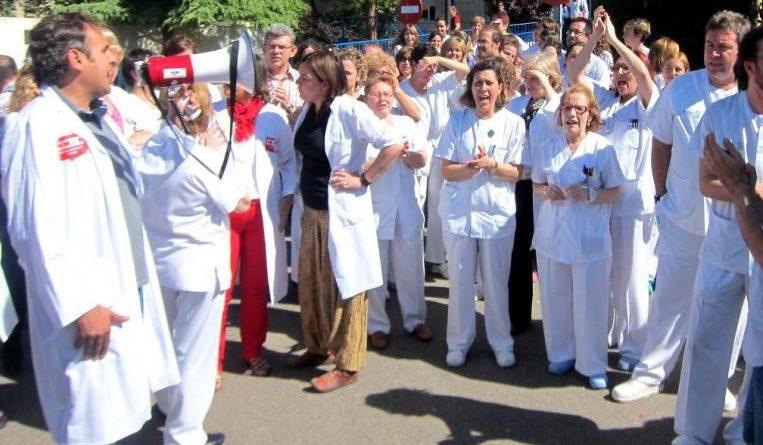 SANIDAD-CONCENTRACION-TALAVERA-SOS-CESM-SINDICATO-MEDICO